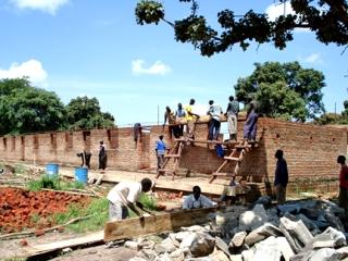 Kajo_Keji_-_building